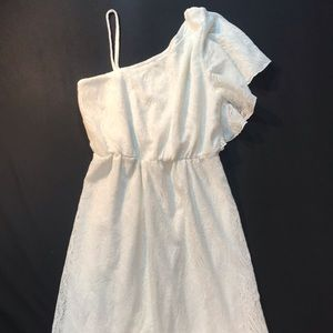 Trixxi ivory lace one shoulder dress size med $